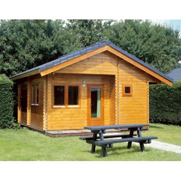 Lugarde Log Cabin Madrid 550 x 600cm